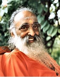 Picture for category Swami Chinmayananda
